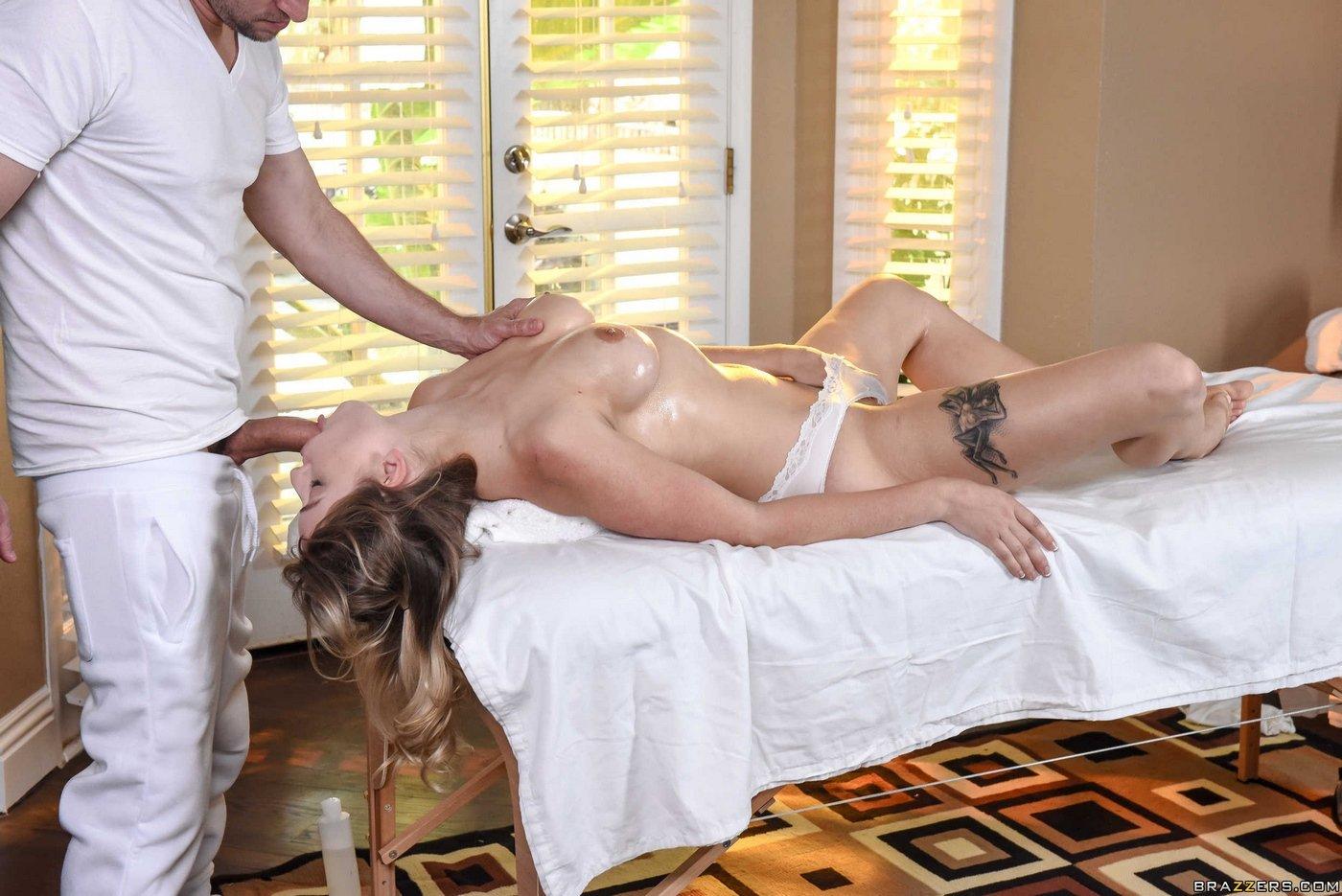 Фото про секс на массажном столе — photo 12