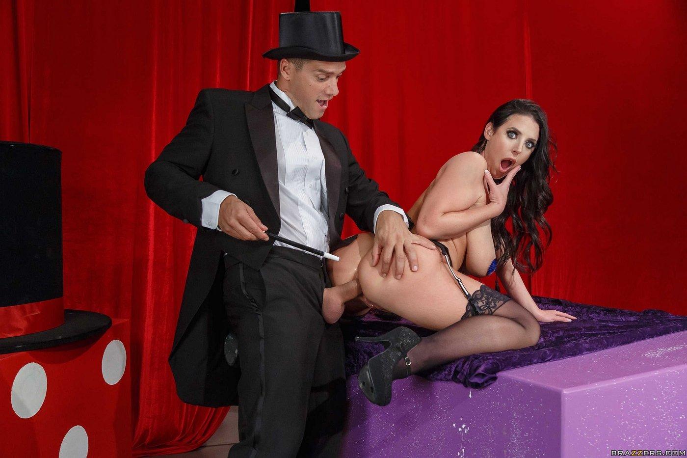 Фото порнозвезды иллюзионист порно онлайн секс молодых