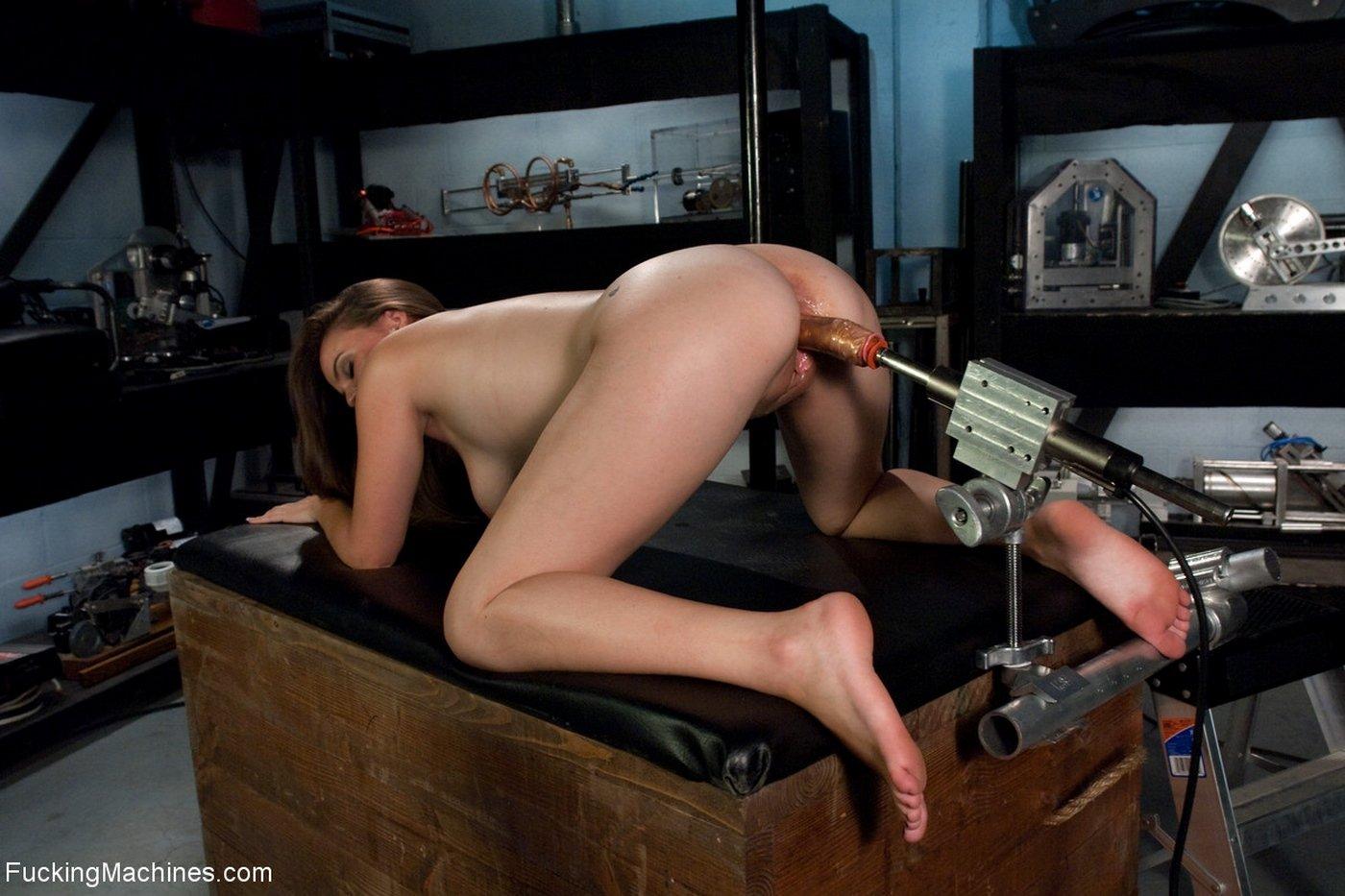 seks-mashini-porno-galerei