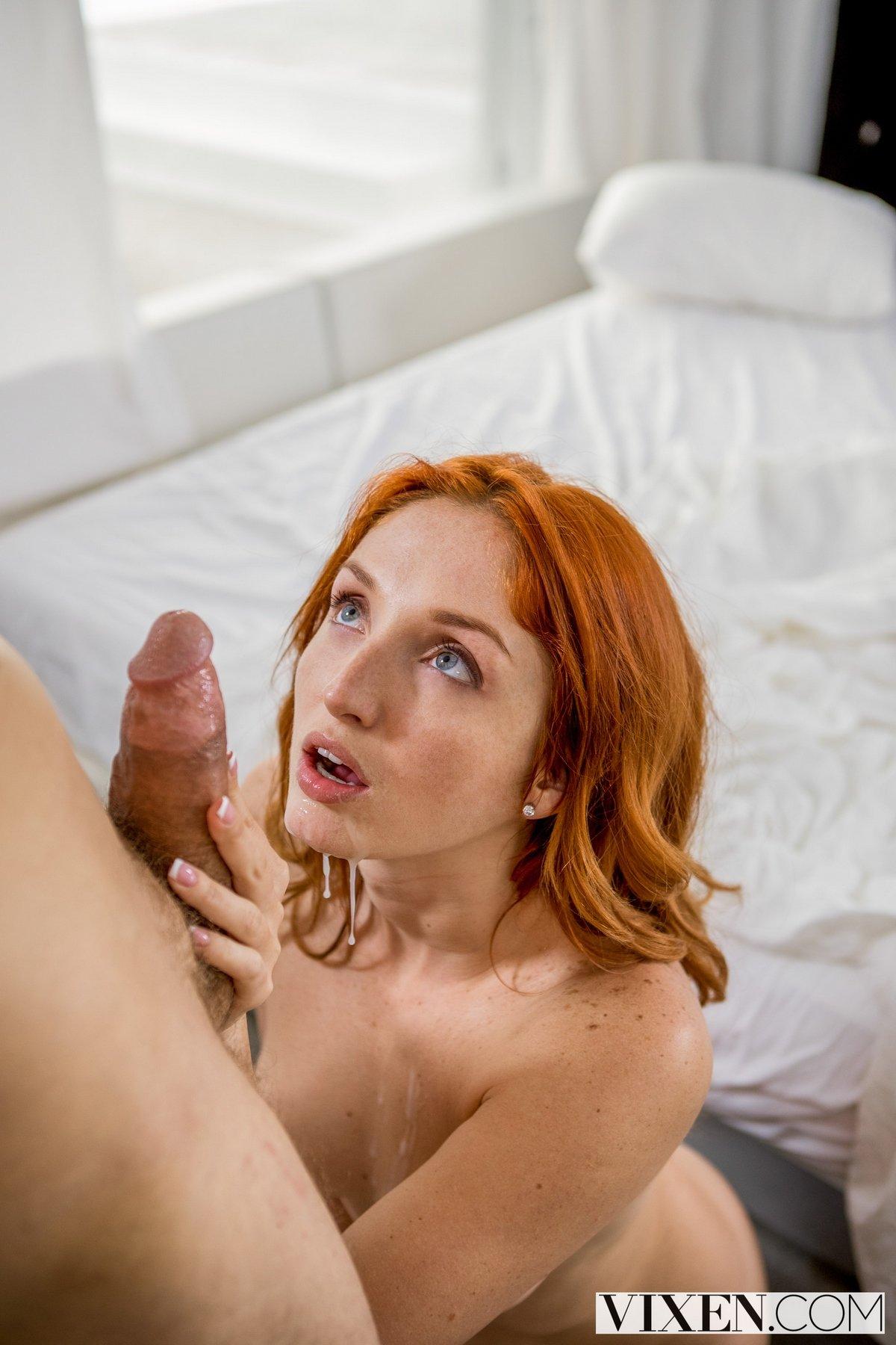 Кончает члене секс видео с рыжей в спальне фото знаменитостей
